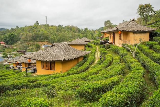 Ban rak thai, eine chinesische siedlung in der provinz mae hong son, nördlich in thailand Premium Fotos