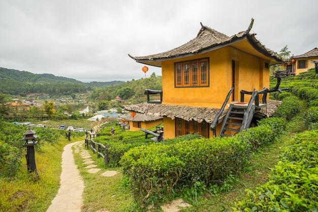 Ban rak thai, eine chinesische siedlung in der provinz mae hong son Premium Fotos