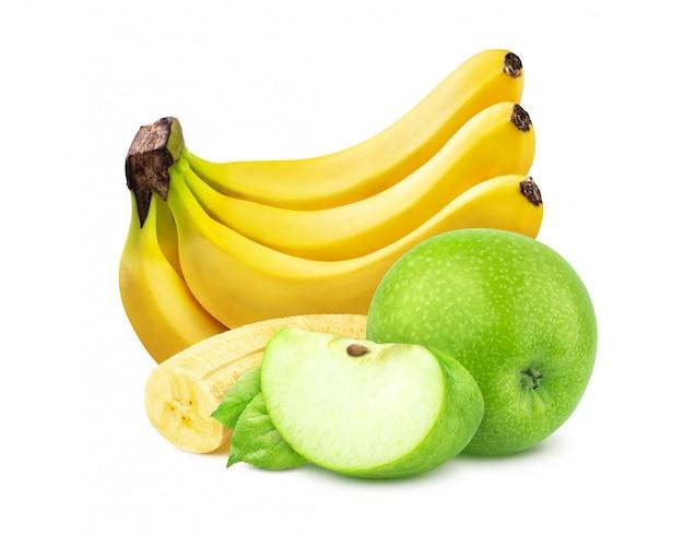 Banane und apfel getrennt auf weißem hintergrund
