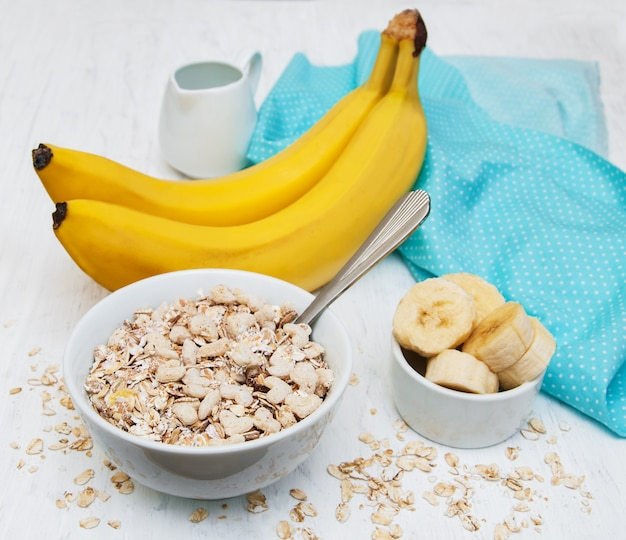 Banane und müsli