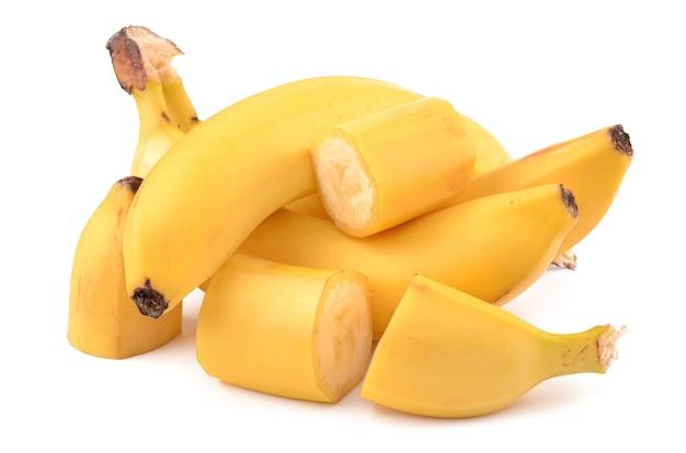 Bananen auf einem weißen hintergrund