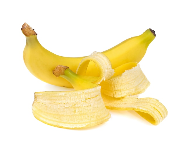 Bananen geschältes isolat auf weißem hintergrund
