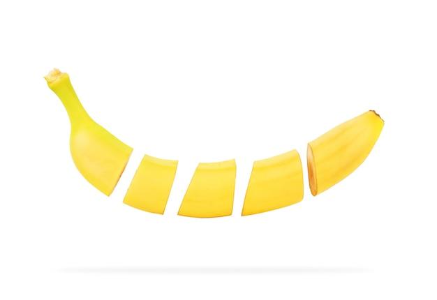 Bananenfrucht isoliert auf weißem hintergrund