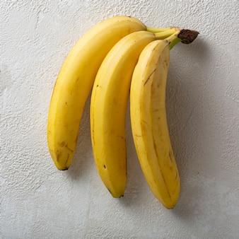 Bananenzweig hautnah