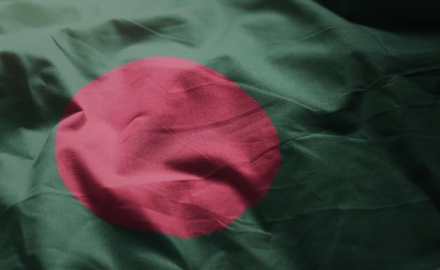 Bangladesch-flagge oben zerknittert