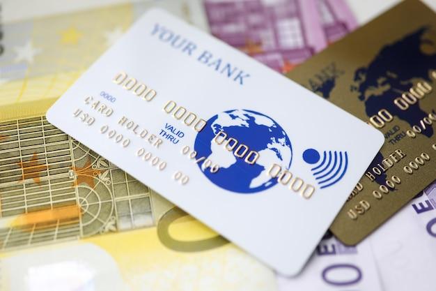 Bargeld und elektronisches geld