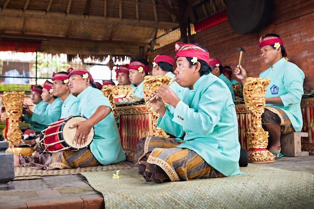 Barong dance shaow