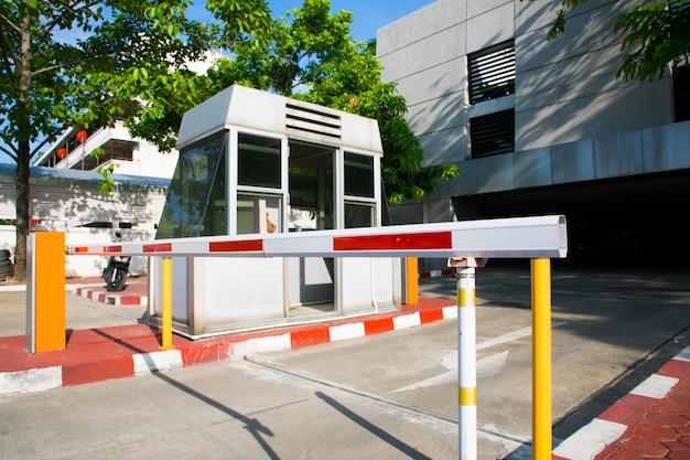 Barrier gate automatisches sicherheitssystem.