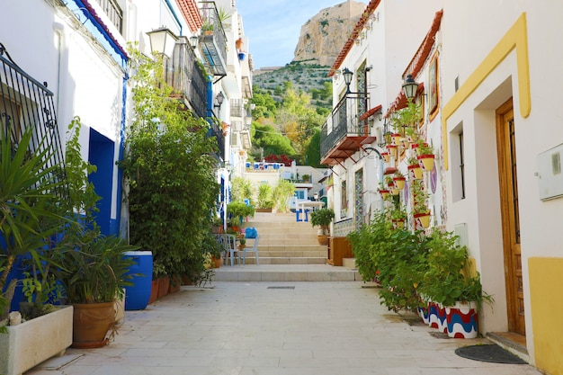 Barrio santa cruz in alicante, costa blanca, spanien