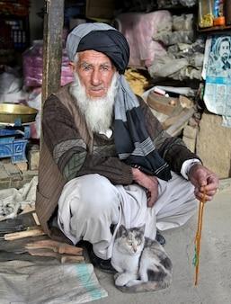 Bart man turban beduinen alten afghane