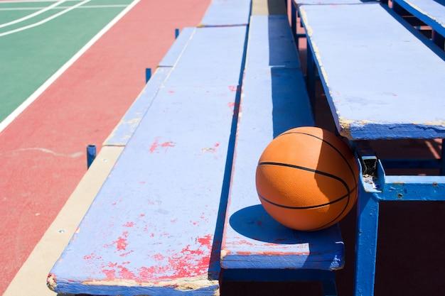 Basketball auf tribünen