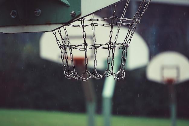 Basketball-sport auf der straße