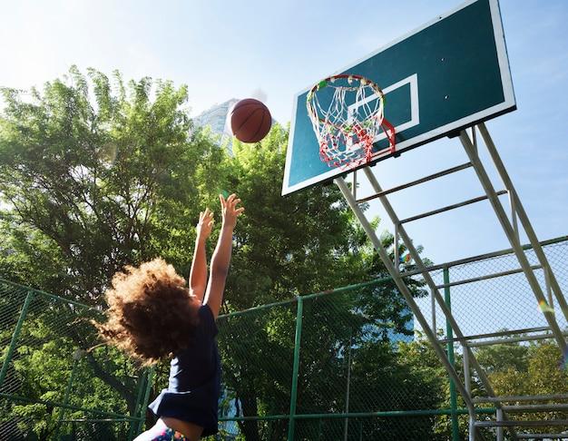 Basketball-sport-übungsaktivität freizeit