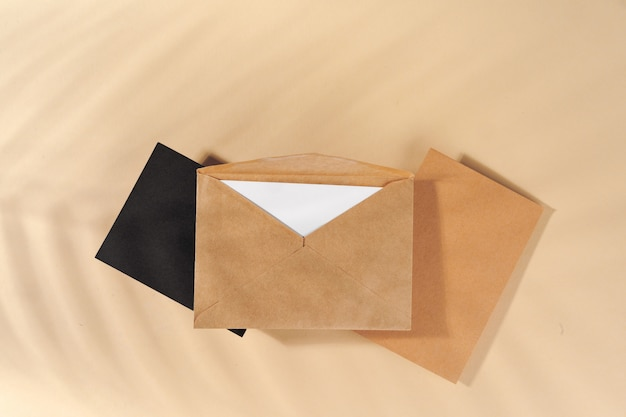Bastelpapier brief draufsicht