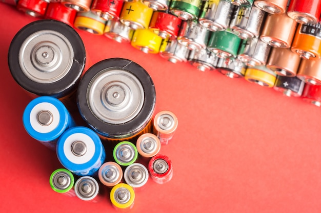 Batterien verschiedener typen und größen