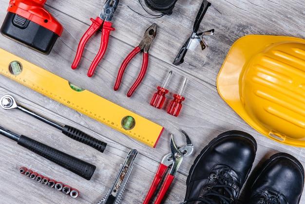Bau handwerkzeuge flach zu legen