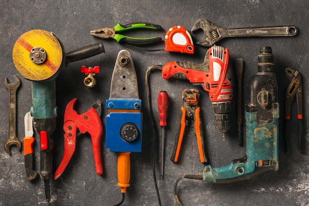 Bauarbeiterwerkzeuge, draufsicht. konzept umgestalten