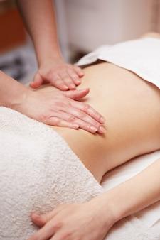 Bauchmassage im spa club