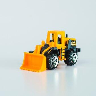 Baufahrzeuge und schwere maschinen. gelbe planierraupe für industriefahrzeuge.