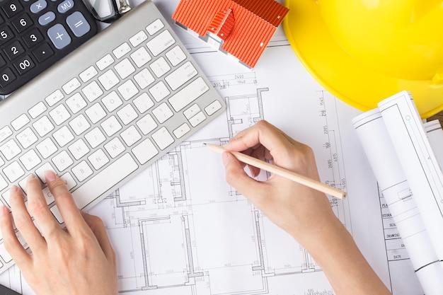 Bauplanung mit konstruktionszeichnungen und zubehör
