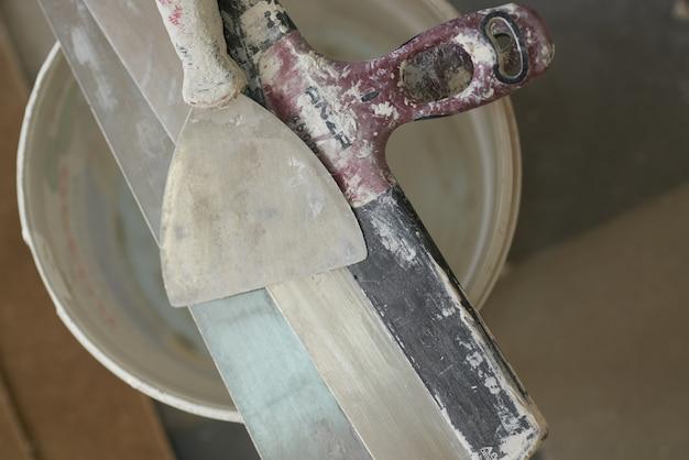 Baustoffe, lager, reparatur und wohnungsbau