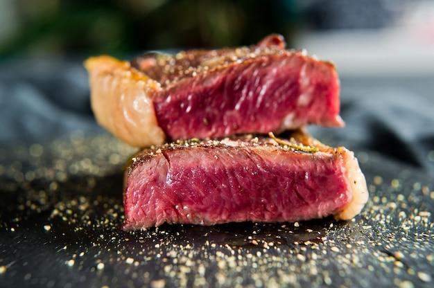 Beef rumpsteak geröstet selten.