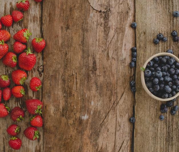 Beeren auf dem tisch