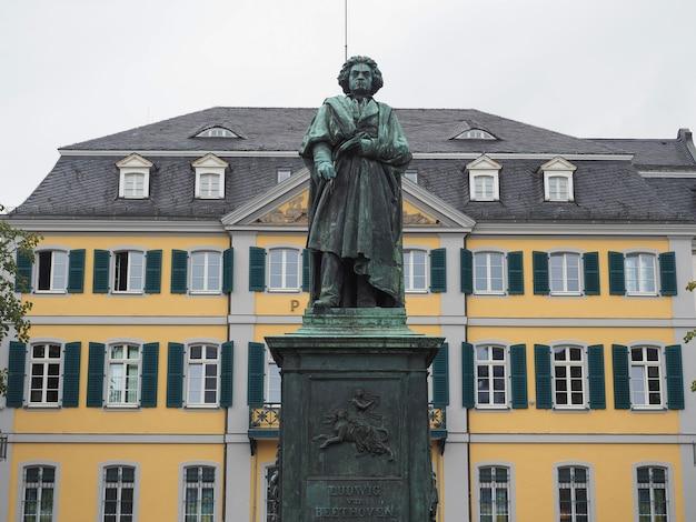 Beethoven-denkmal (1845) in bonn