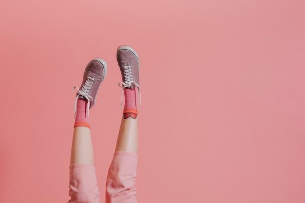 Beine hoch in der luft