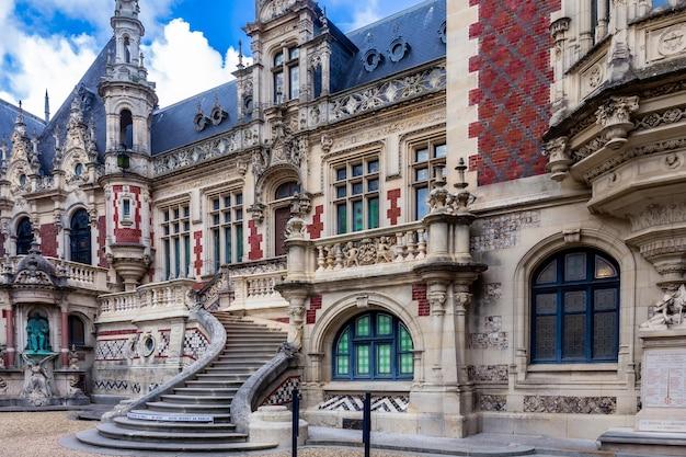 Benediktinerpalastmuseum in der normandie in nordfrankreich