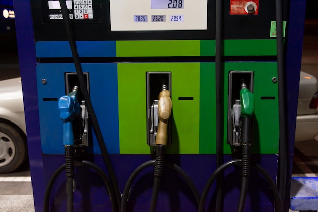Benzinspender, tankstelle