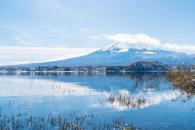 Berg fuji san am kawaguchiko see.