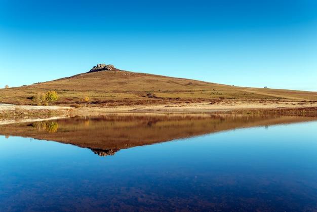 Berg und spiegelbild
