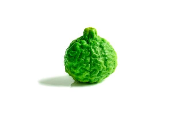 Bergamottenfrucht auf weißem hintergrund