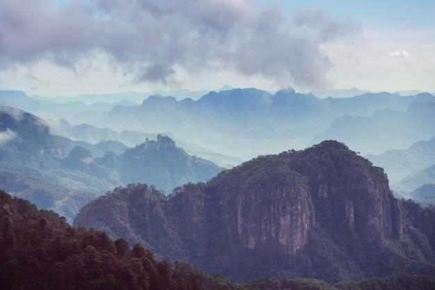 Berge in der abgelegenen gegend von mexiko