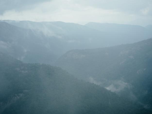 Berge landschaft reisen wolken aktive freizeitfreiheit