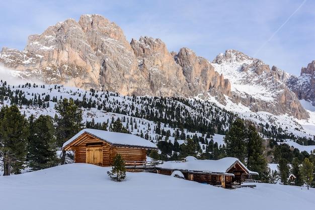 Berghütte am col raiser