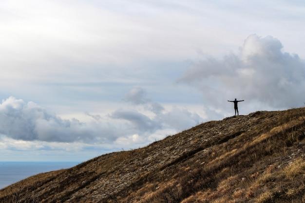 Bergsteigen, einsamkeit und ein gefühl der freiheit