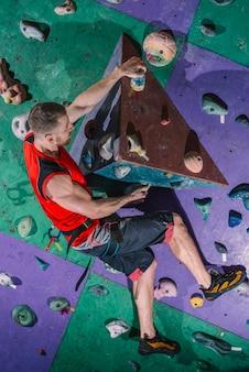 Bergsteiger beim training