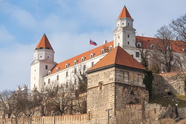Berühmte alte burg in bratislava