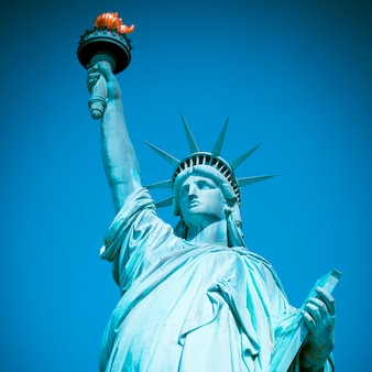 Berühmte freiheitsstatue, new york, spezielle fotografische verarbeitung.