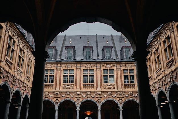 Berühmte historische vieille-börse in lille in frankreich