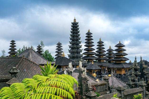Besakih tempel in bali, indonesien