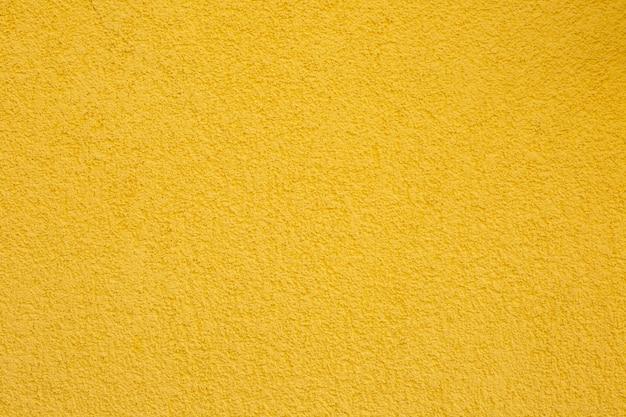 Beschaffenheit der gelben betonmauer