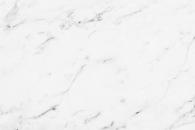 Beschaffenheit der weißen marmorluxuswand am klassischen wohnungsbauhintergrund