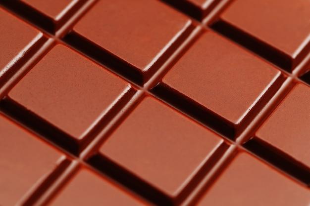 Beschaffenheit des abschlusses der dunklen schokolade oben.