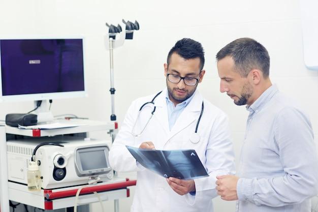 Besprechung des röntgenbildes