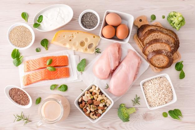 Beste lebensmittel mit hohem proteingehalt. gesundes essen und diätkonzept