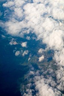 Bewölkter himmel, luftaufnahme