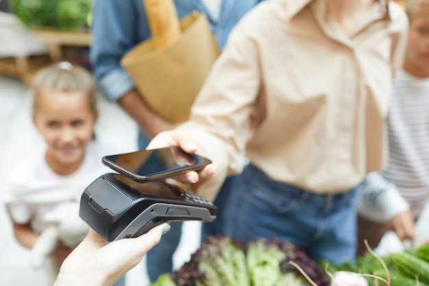 Bezahlen über nfc im supermarkt